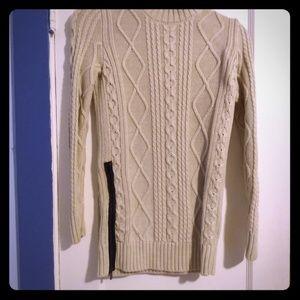 Banana Republic cable knit mock turtleneck sweater